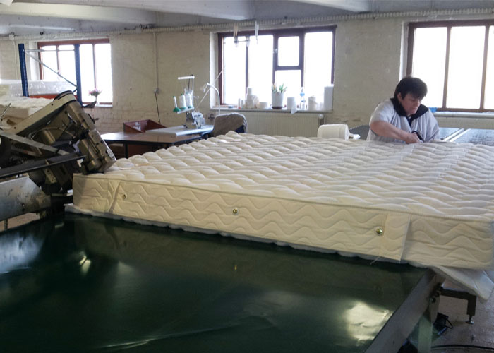 confection du matelas en latex naturel